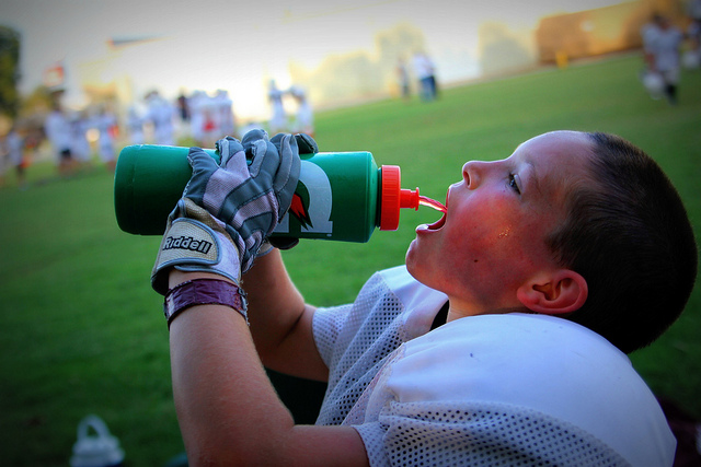 Stay Cool, but Skip Sports Drinks This Summer